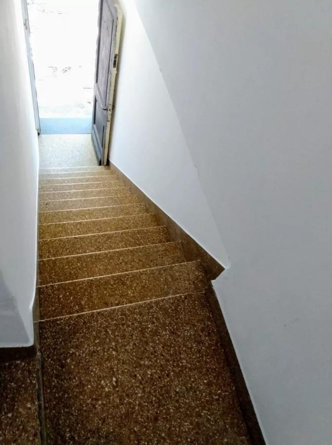 departamento venta 2 dormitorios y terraza privada / 120 mts 2 cubiertos - la plata