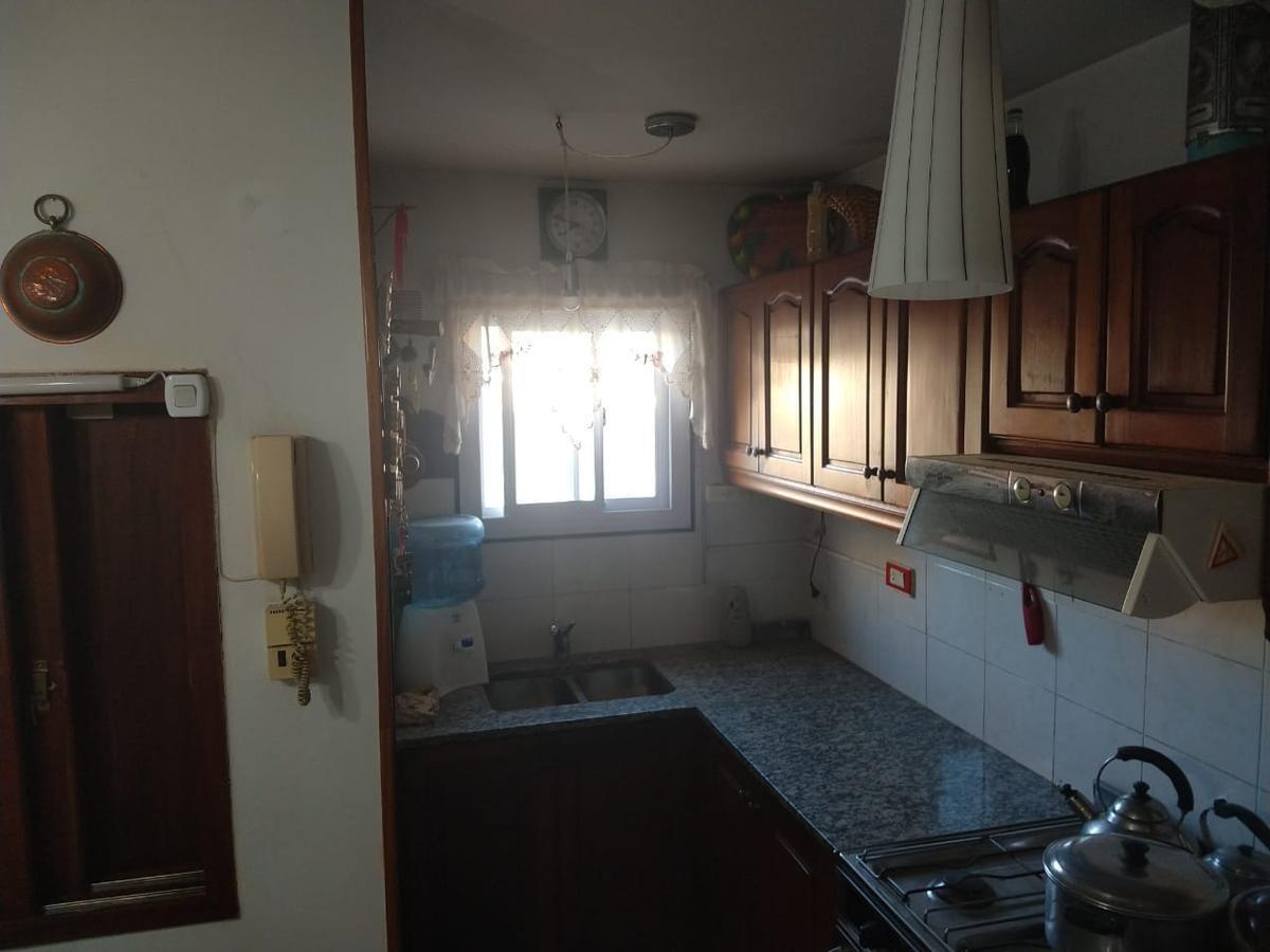 departamento venta 3 dormitorios , 2 baños y cochera -80 mts 2- la plata
