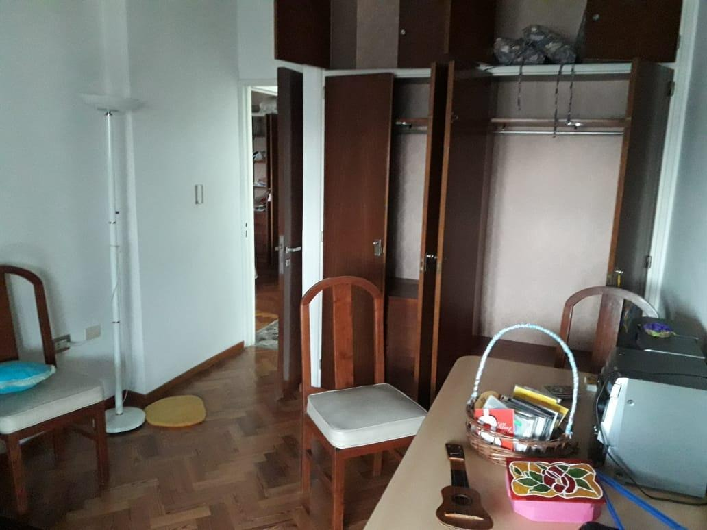 departamento  venta 3 dormitorios, 3 baños y cochera 3 autos - 260 mts 2 totales- la plata