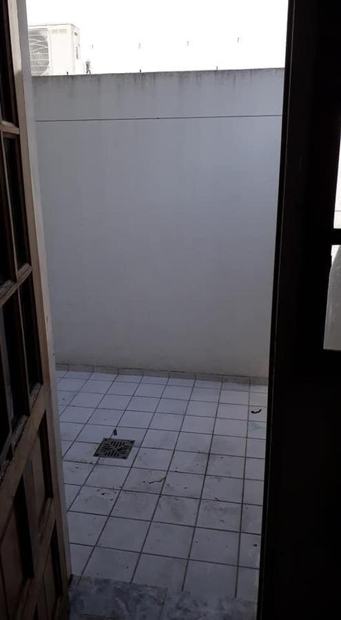 departamento venta al frente 1 dormitorio y patio 44 mts 2 -sin expensas - la plata