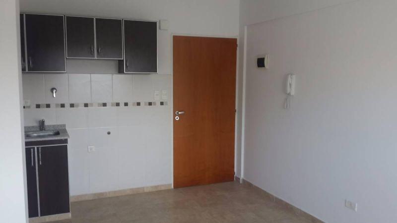 departamentos 2 ambientes con patio entrada individual