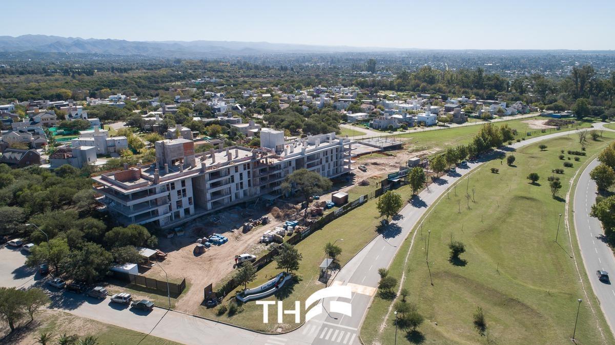 departamentos 3 dormitorios en venta - greenpark luxury condominium - valle escondido