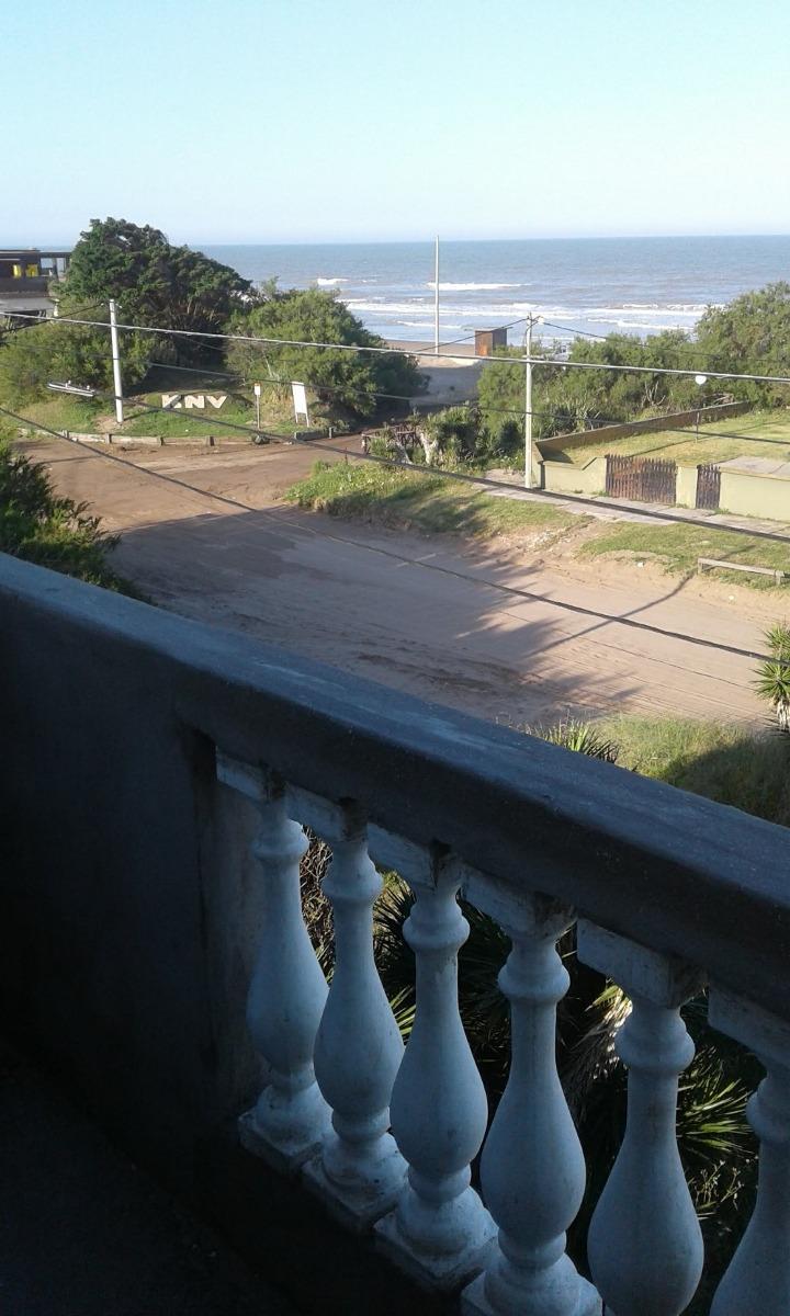 departamentos- casa frente al mar parrilla y estacionamiento