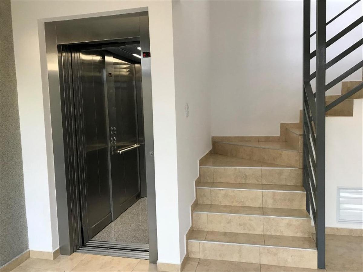 departamentos en venta 2 ambientes en zona centro de colon