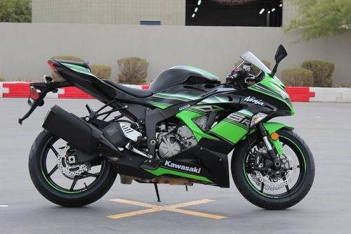 deportiva moto kawasaki