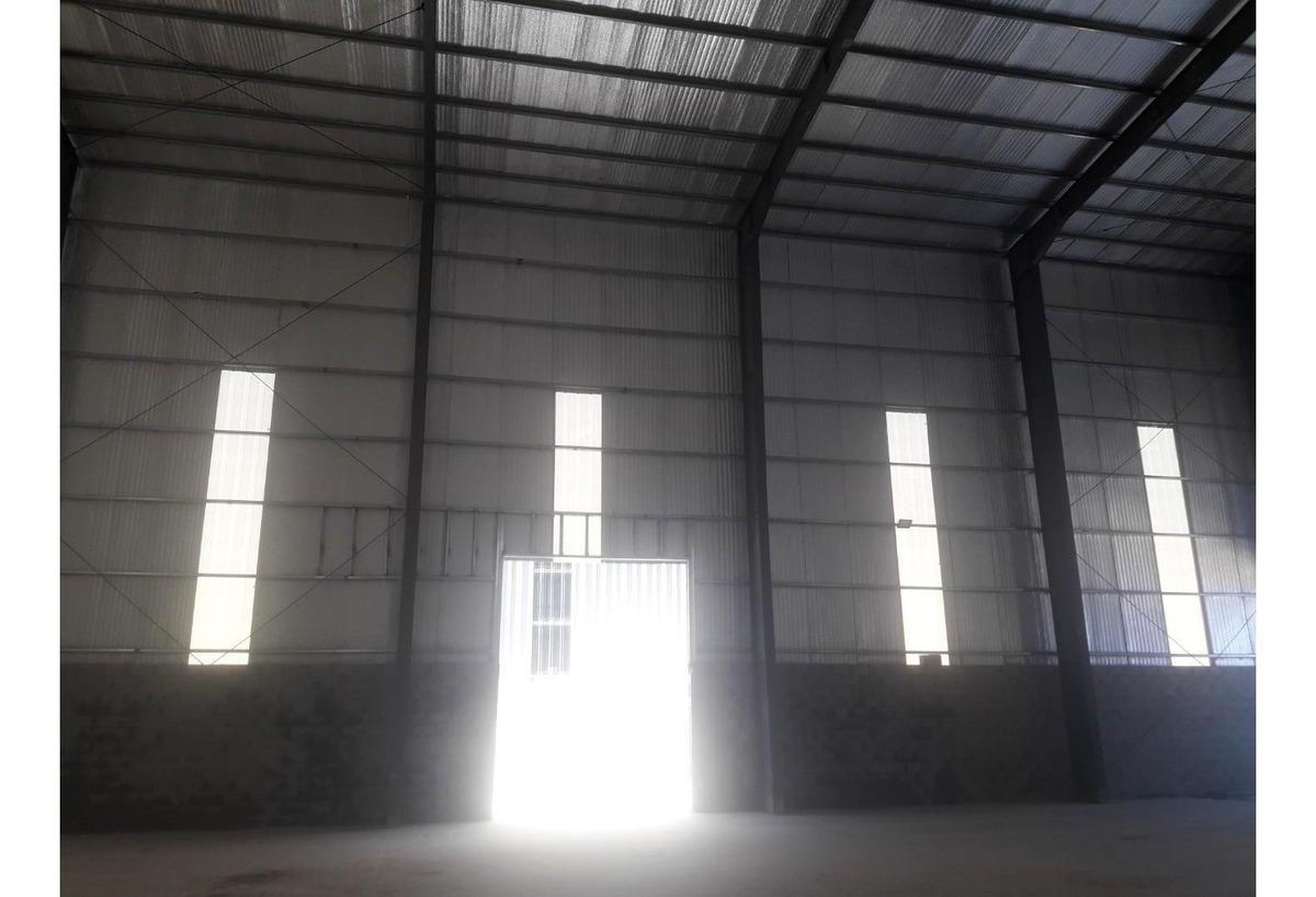depósito a estrenar 800 m2