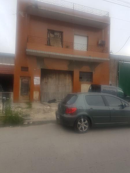 depósito con vivienda de 4 ambientes - lanús oeste