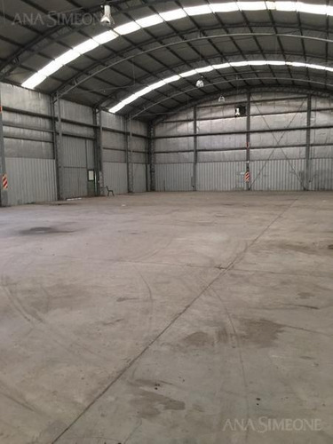 deposito de 1000 m2. sobre terreno de 4 ha sobre panamericana.
