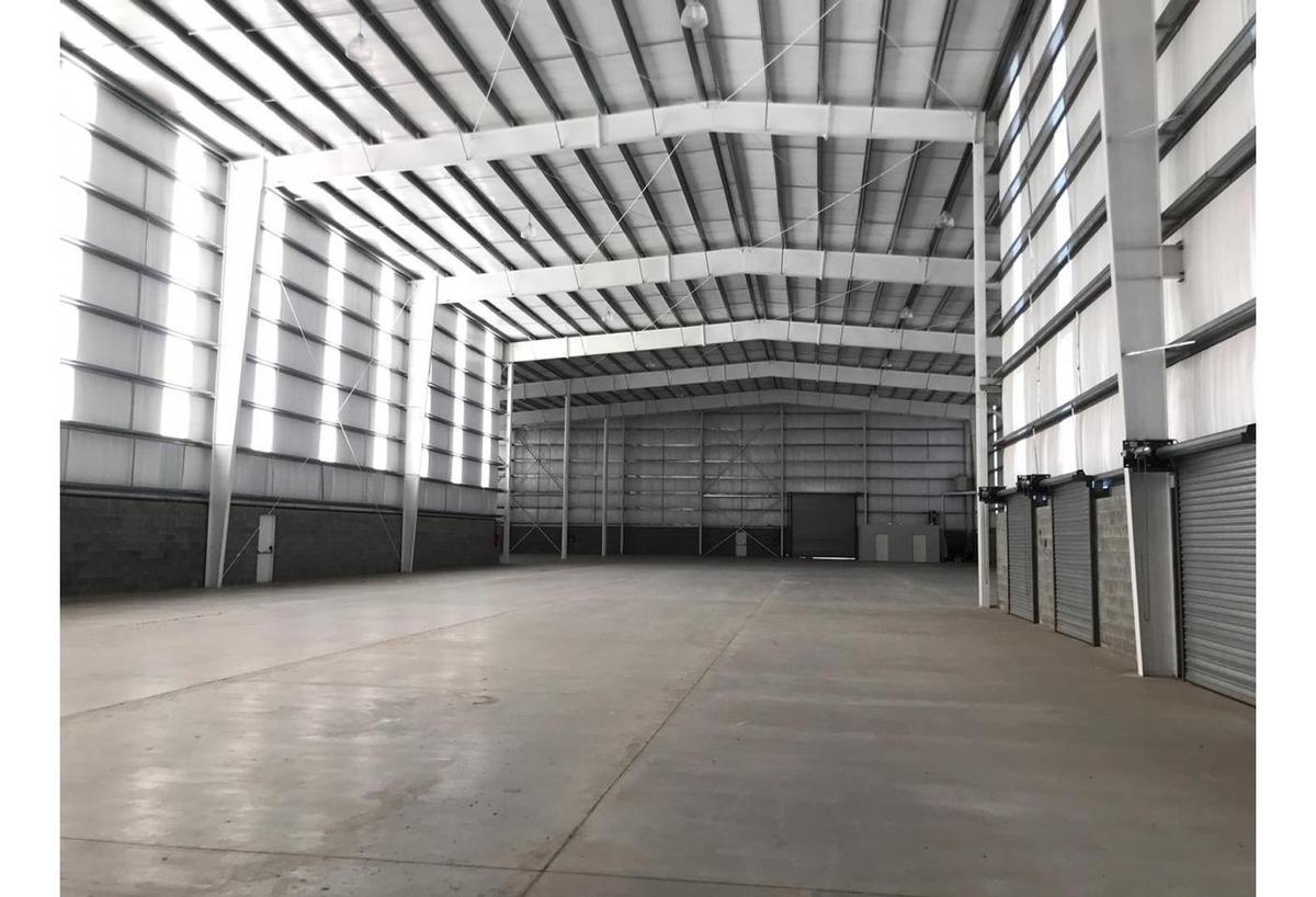deposito de 1450 m2 , oportunidad .