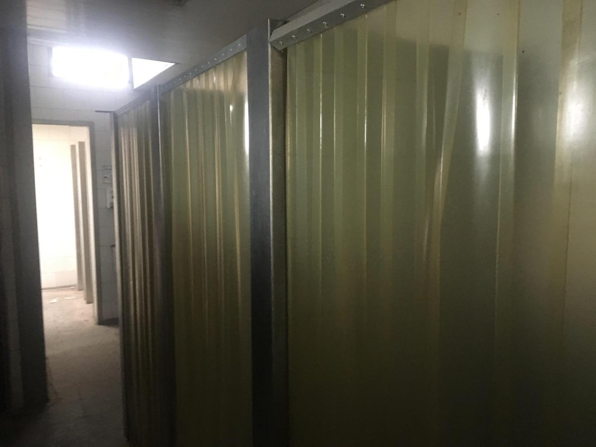 depósito  de 1870 m2 en mataderos