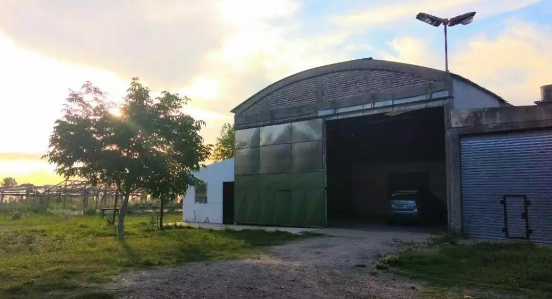 depósito de 200 mts 2 totales - melchor romero