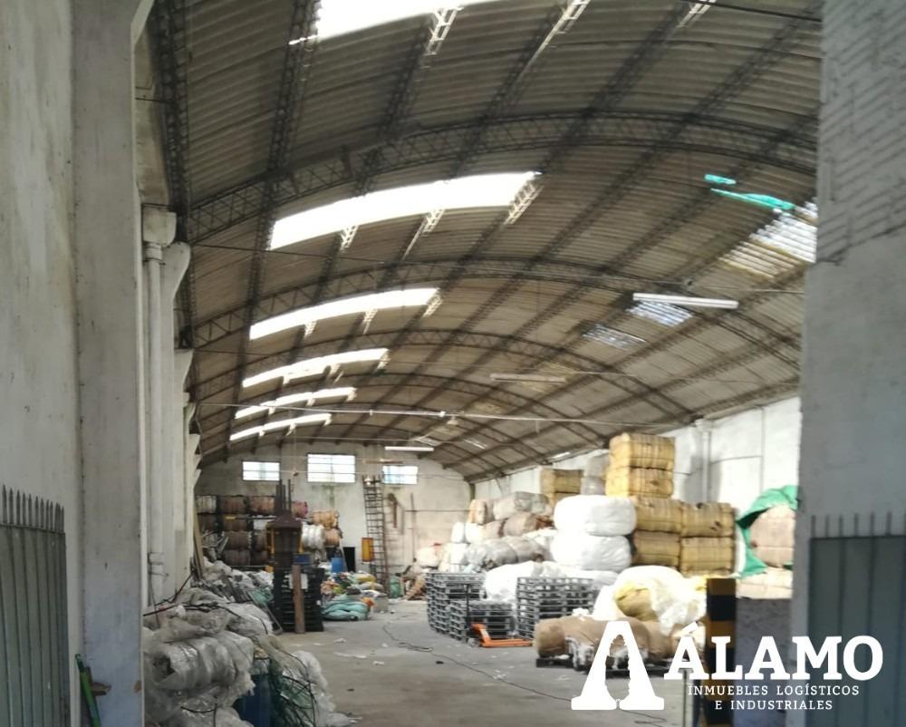 depósito de 500 m2 próximo a av. belloni