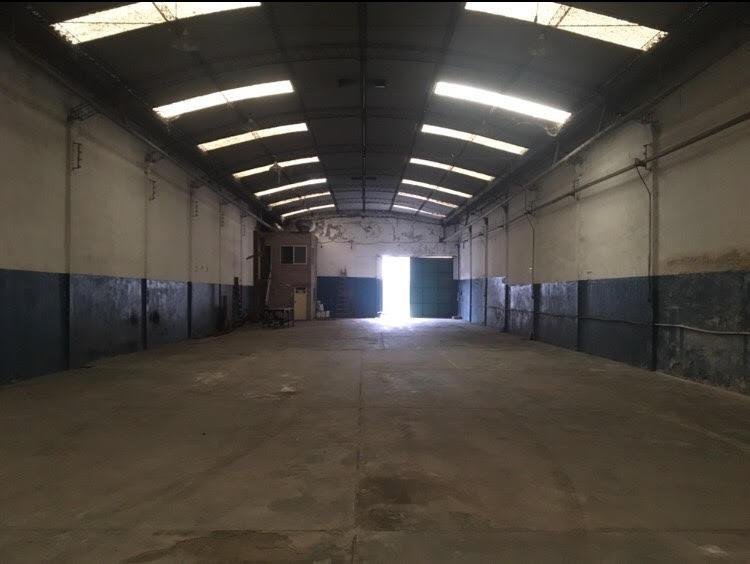 depósito de 800 m2 en valentin alsina