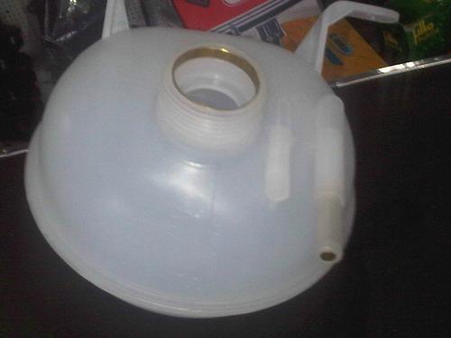 deposito de agua corsa