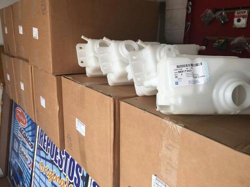 depósito de refrigerante o agua de aveo 100% original