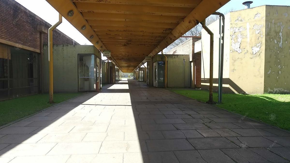 deposito en alquiler  1.600  m2 rotonda gutierrez - ex alpargatas - berazategui zona sur
