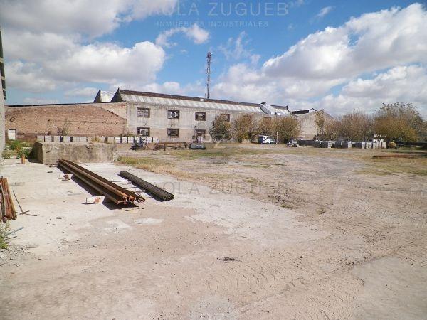 depósito  en alquiler ubicado en sarandí, avellaneda