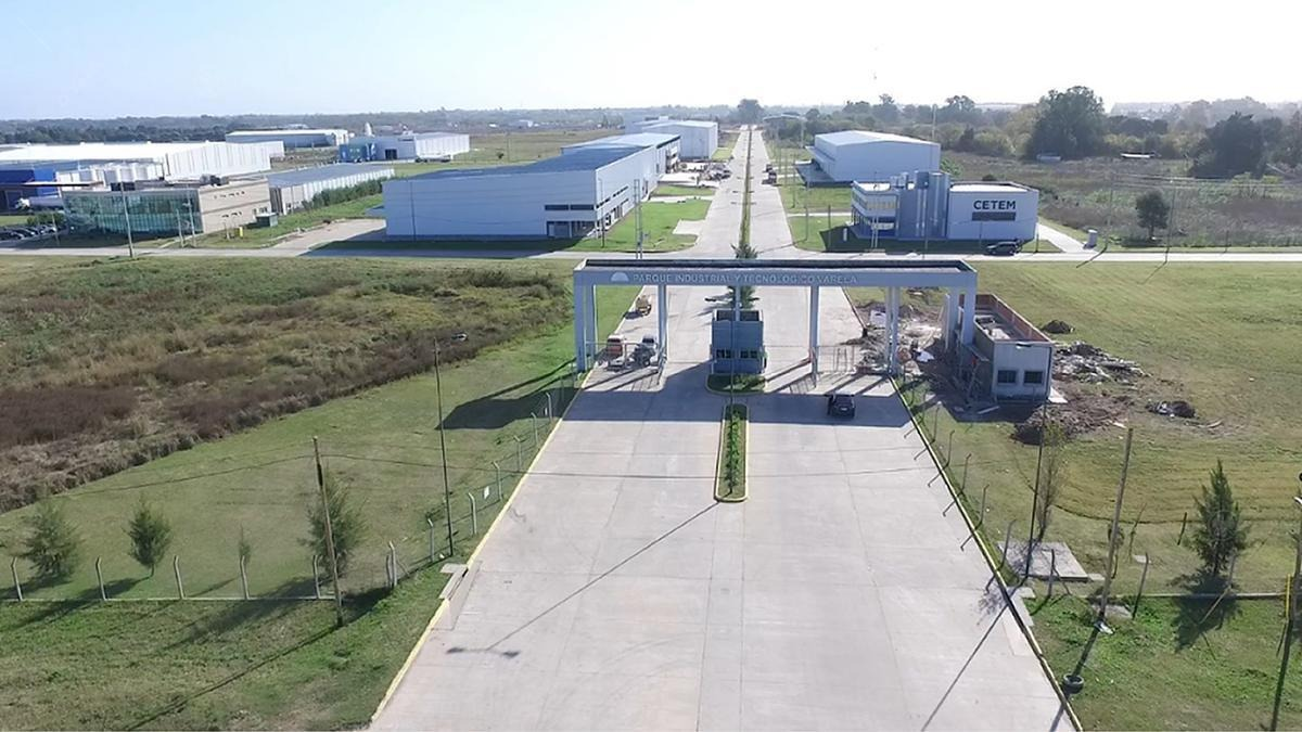 deposito en venta parque industrial- pitec i- a estrenar- 3000 m2 zona sur florencio varela