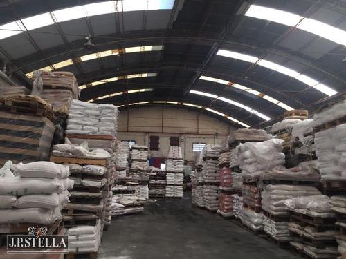 depósito / galpón industrial 2500 m² cubiertos en 3 naves - 4320 m² tierra - 9 de abril