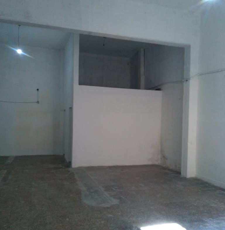 deposito / galpón / local / taller interno 115 m2 2 baños