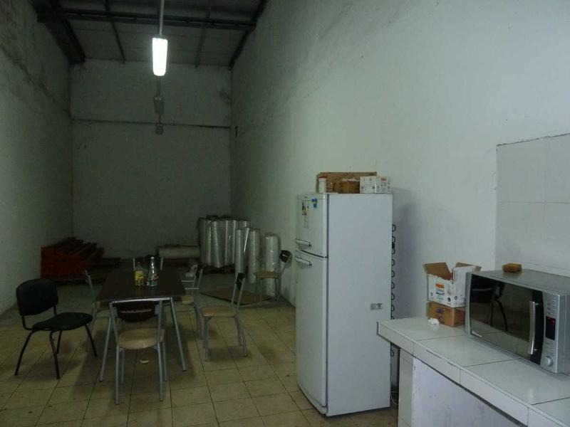 deposito industrial en venta quilmes oeste zona  sur - 2000 m2
