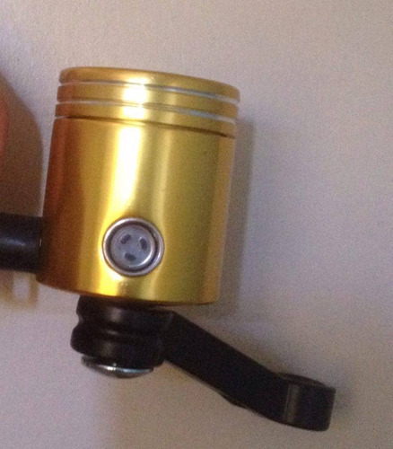 deposito liquido de freno rojo o dorado