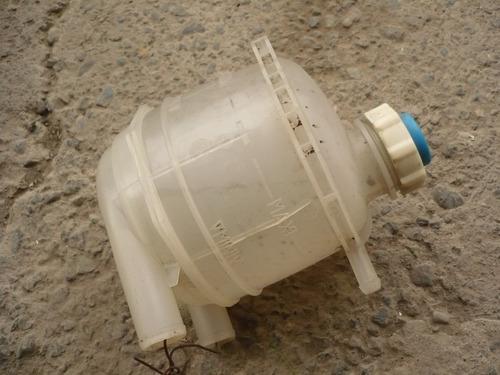 deposito radiador clio - express 1998 usado- lea descripción