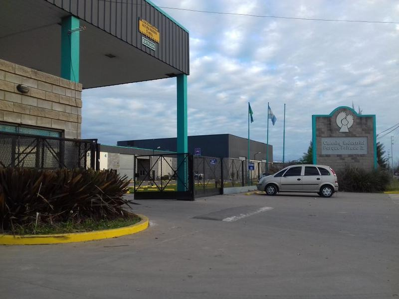 deposito/galpon en parque industrial canning
