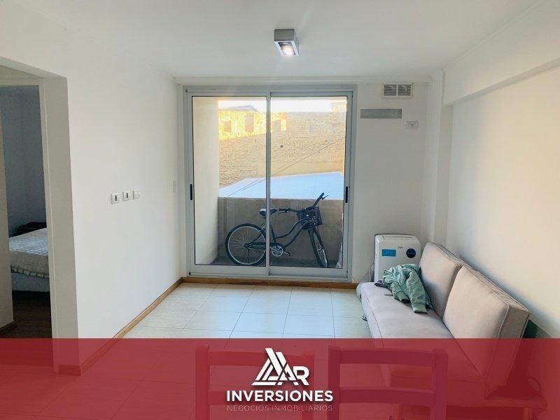 depto 1 dormitorio a metros de pellegrini - cocina integrada - balcon