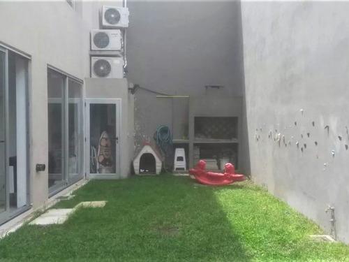 depto 2 amb con cochera y patio // ramos mejia // venta