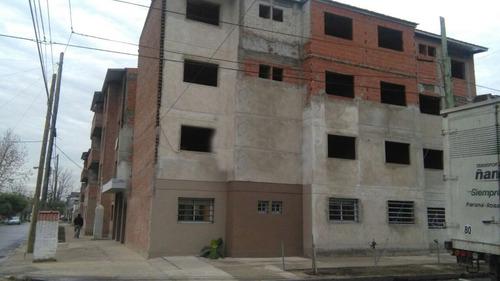 depto. 3 ambientes con cochera / 100% financiados en pesos.