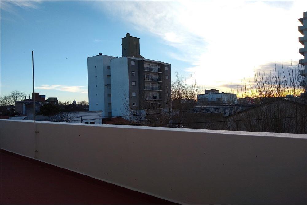 depto 3 ambientes con gran terraza