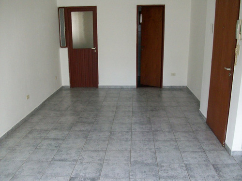 depto 3 e/58y59 (monoamb) 3º piso x escalera (venta)
