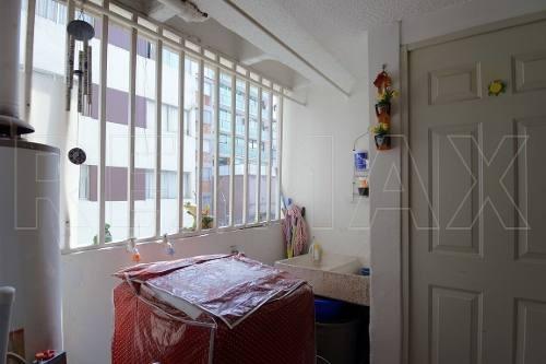 depto de 174m2 con balcon 2r / 2b / 3a
