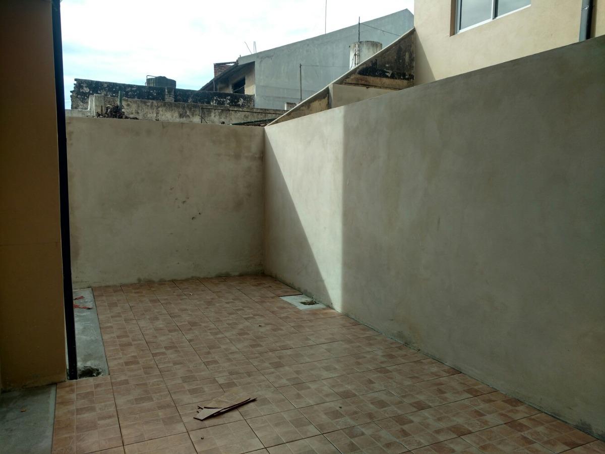 depto de 2 ambientes con patio en venta en san justo no ac