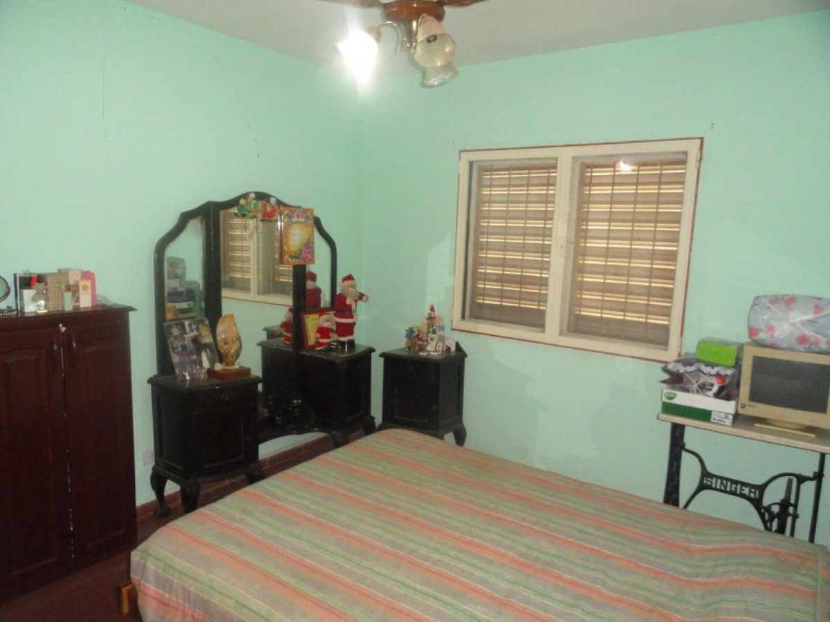 depto de 2 dormitorios ch 149  villa cabello