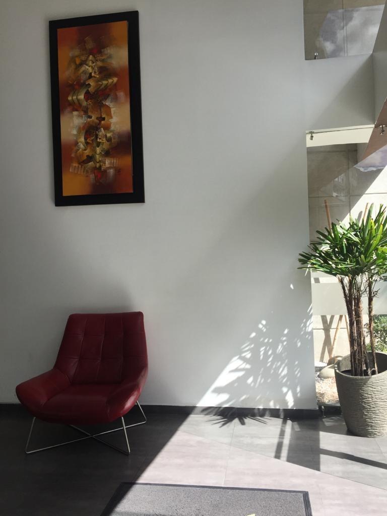 depto en edificio moderno en plena bosmediano y gonzales sua