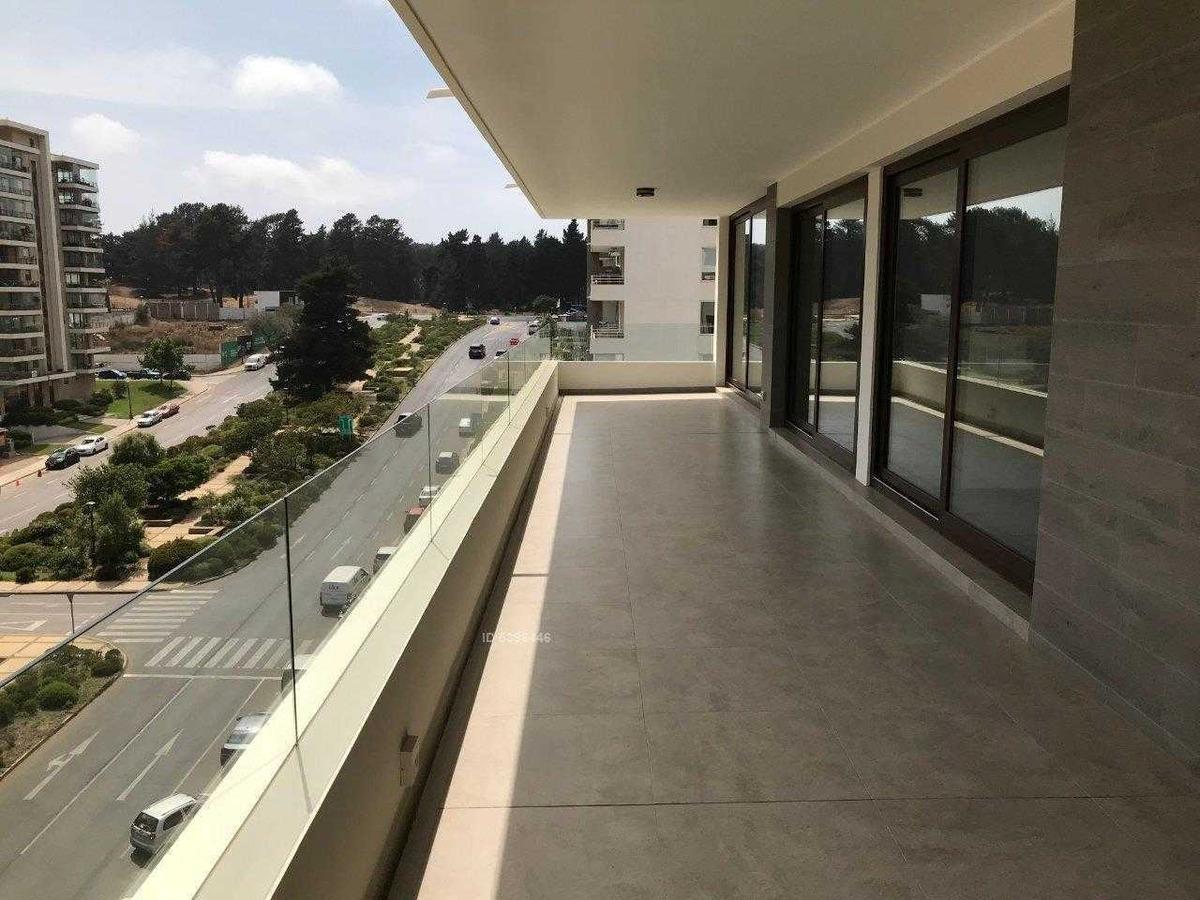 depto nuevo, a pasos de av. edmundo eluchans. con terraza cerrada. 2 estacionamientos
