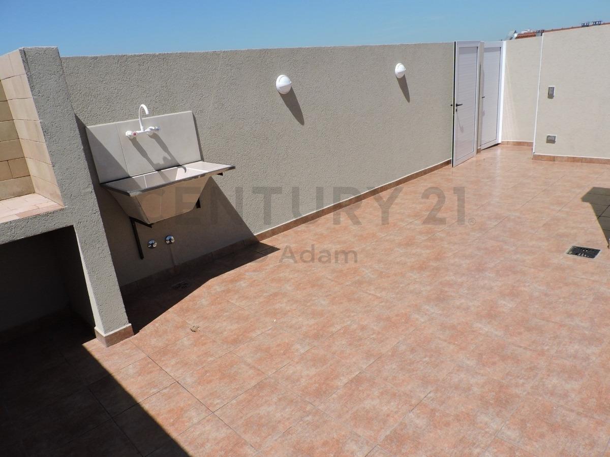 depto semipiso 3 amb estrenar, 2 baños,balcón, terraza propia c/parrilla,cochera