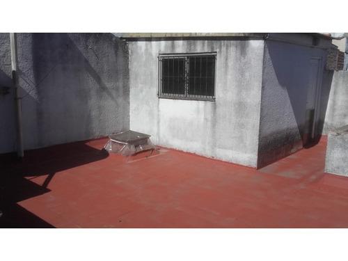 depto tipo casa 2 ambientes y medio