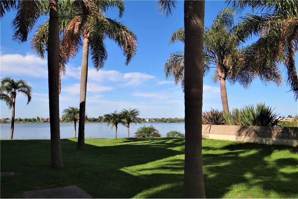 depto. venta,3 amb,tigre, benavidez,al agua ,3 terrazas al lago-cub. 83,1 mts-semicub.14,12mts,- descub.38,80 mts cochera cub. 20 mts