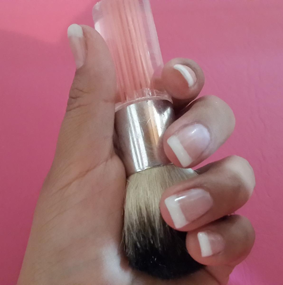 dermocolors se hacen uñas gelificadas en pilar, villamorra