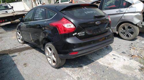 desarmo ford focus hatch back 2014 por partes