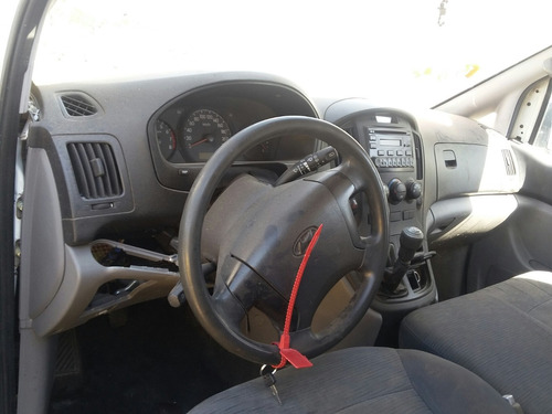 desarmo h100 panel gasolina modelo 2012 solo por partes