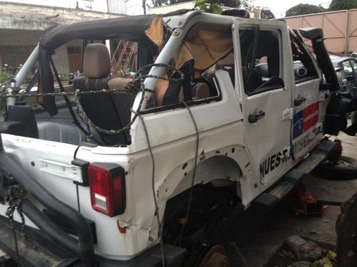 desarmo jeep wrangler sahara mod 2013 por partes