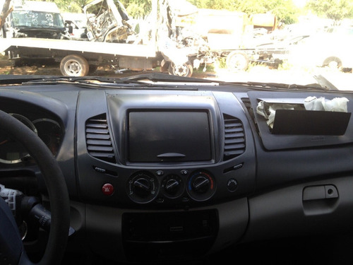 desarmo mitsubishi l200 gasolina 4x2 mod. 2010 solo por prts