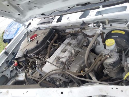 desarmo nissan np300 gasolina modelo 2014 solo por partes
