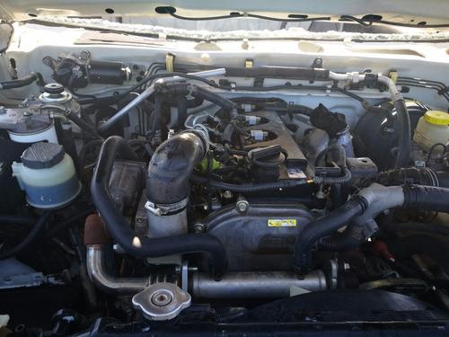 desarmo nissan np300 turbo diesel modelo 2010 por partes