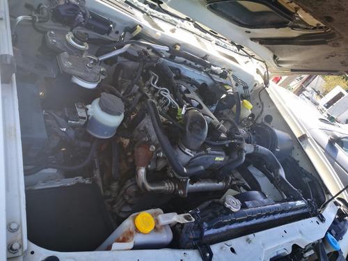 desarmo nissan np300 turbo diesel modelo 2013 por partes