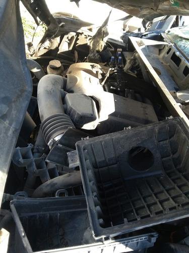 desarmo nissan titan v8 modelo 2004 accidentada por partes